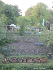 A beautiful garden lovingly tended by the canal in Devizes, Wiltshire